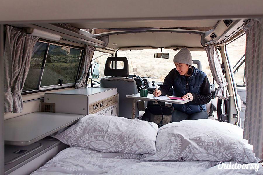 Tumalo: Vanagon Camper Portland, OR