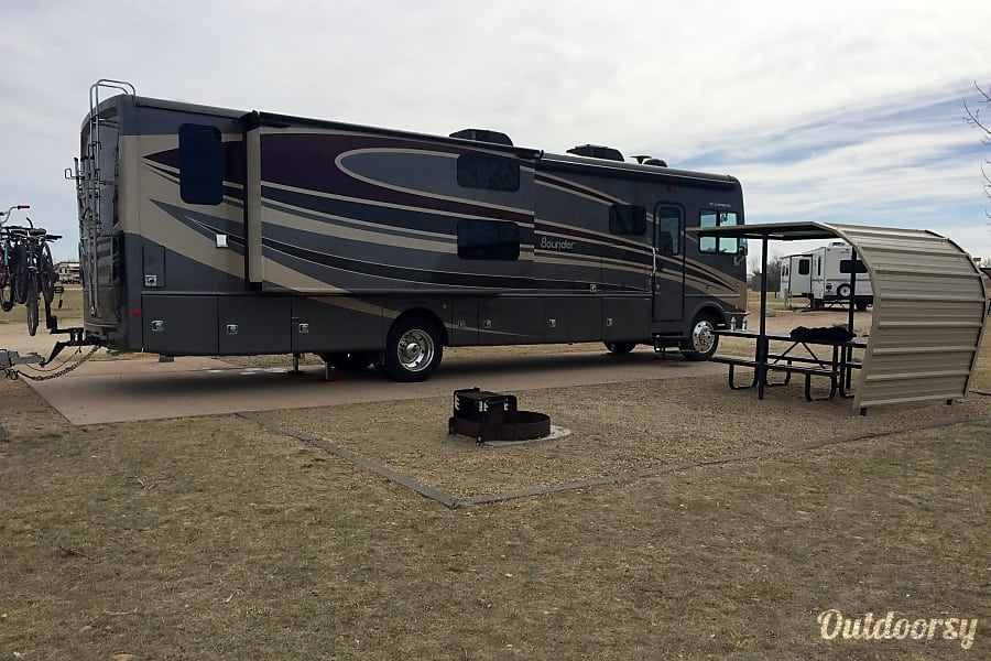 2016 Fleetwood Bounder Littleton, CO