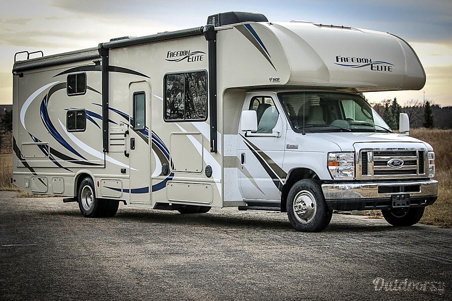 exterior 2018 Thor Motor Coach Freedom Elite Ashland, NE