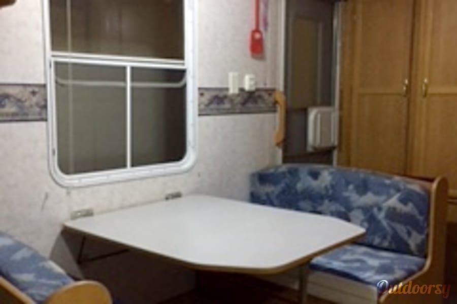 interior 2001 Skyline Nomad Coquitlam, BC