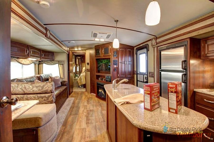 2018 Keystone Outback Limited Edition Trailer Rental In