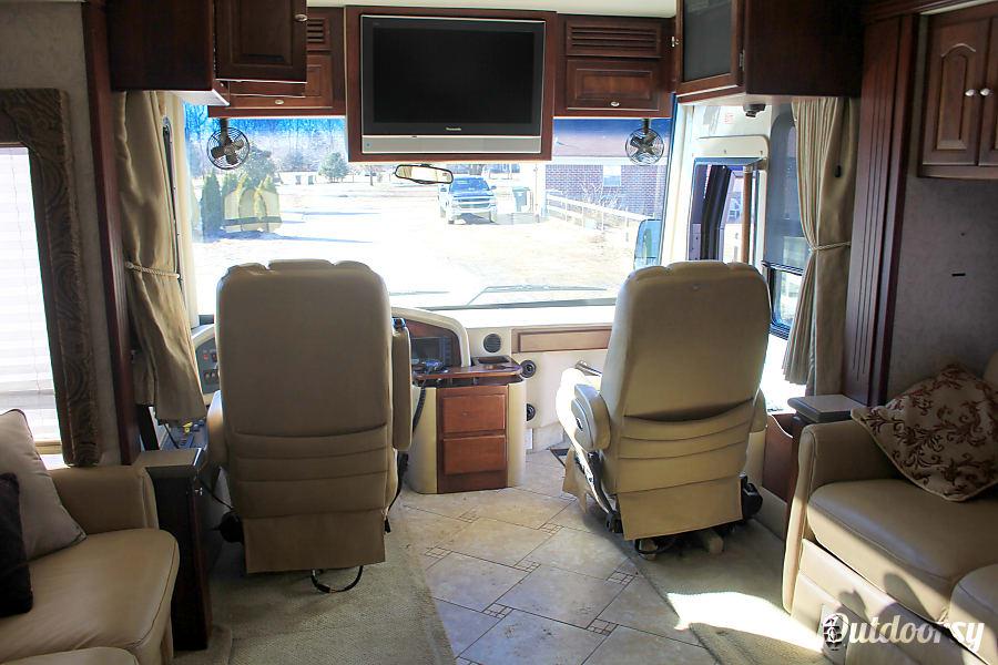 interior Tiffin Allegro Bus Arlington, TN