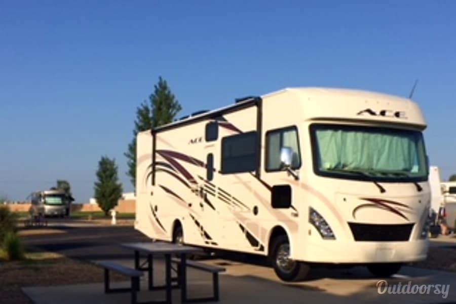 exterior 2018 Thor Motor Coach A.C.E Colorado Springs, CO