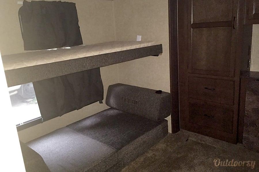 interior 2014 Jayco Eagle Colorado Springs, CO