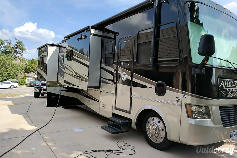 exterior 2011 Tiffin Allegro Open Road with a Super Easy Ride suspension and a must have Steer Safe. San Antonio, TX
