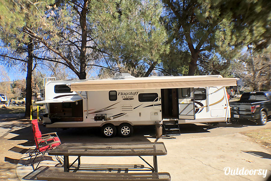 exterior Forest River Flagstaff Super Lite **Delivery and setup available** Yucaipa, CA