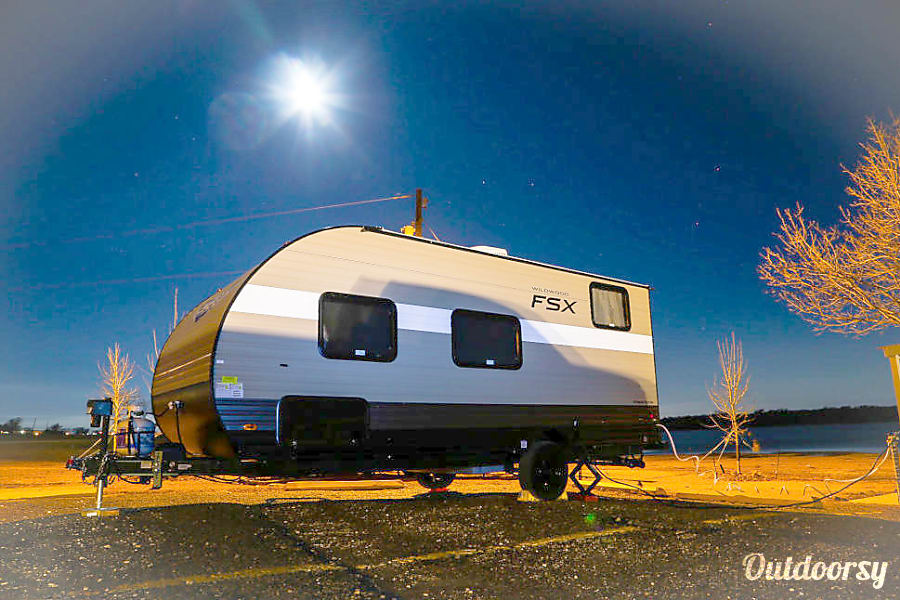 "Wonder Twins 1 ""   Light weight, easy tow with more space and convenience of Home away from Home! "" Mansfield, TX"