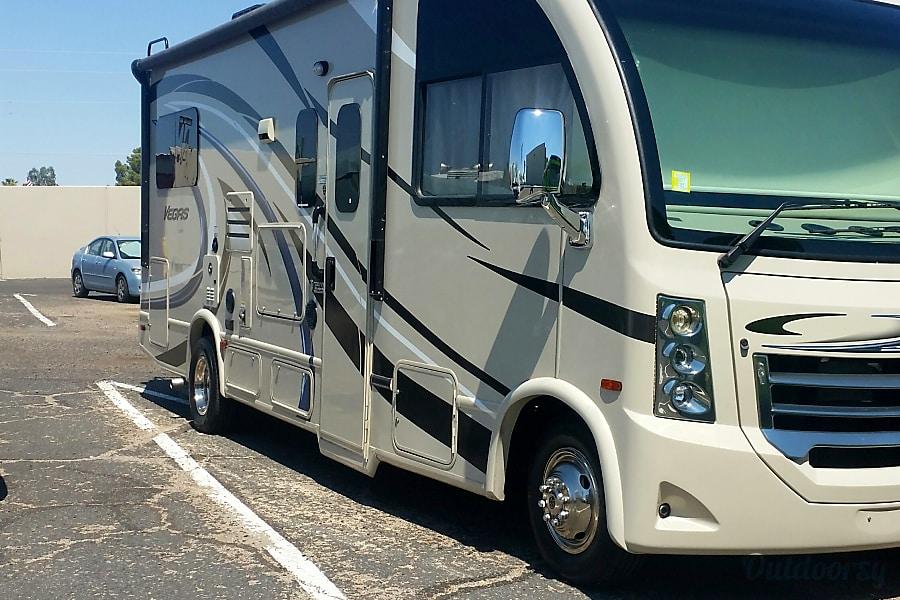 exterior 2017 Thor Vegas Motor Coach Tucson, AZ