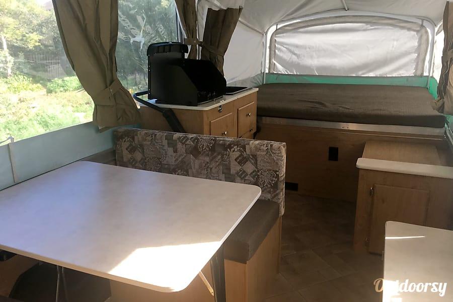 interior 2011 Coleman Destiny Santa Fe Santa Cruz, CA