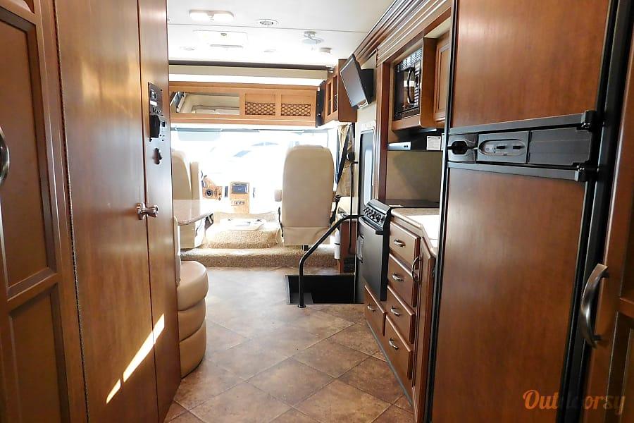 interior 2015 Thor Motor Coach A.C.E Orlando, FL