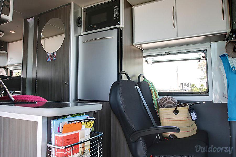 interior Mercedes Benz 4x4 Sprinter Van/Safari Condo conversion Durango, CO