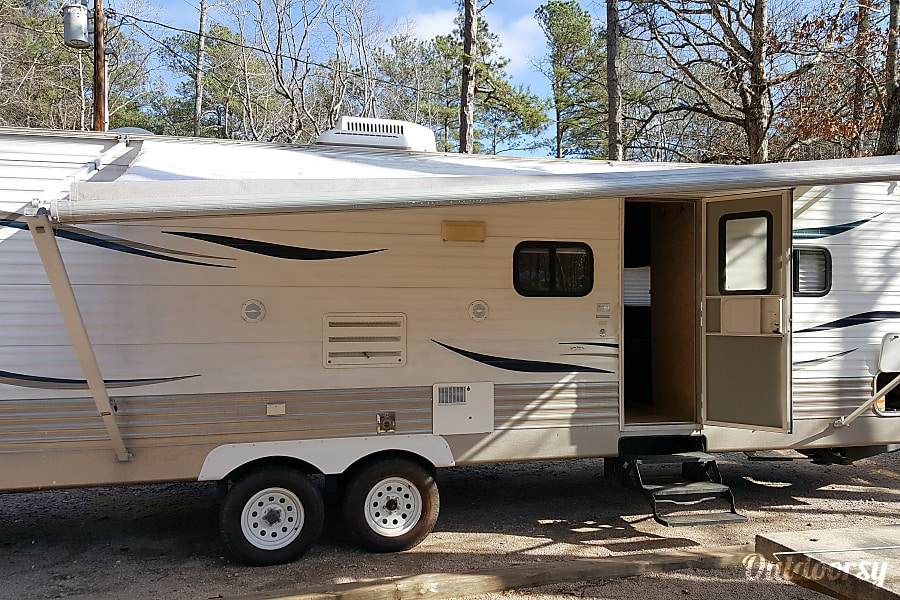exterior 32 Foot TT Slide Out Living Bunk Beds Sleeps 7 Griffin, GA