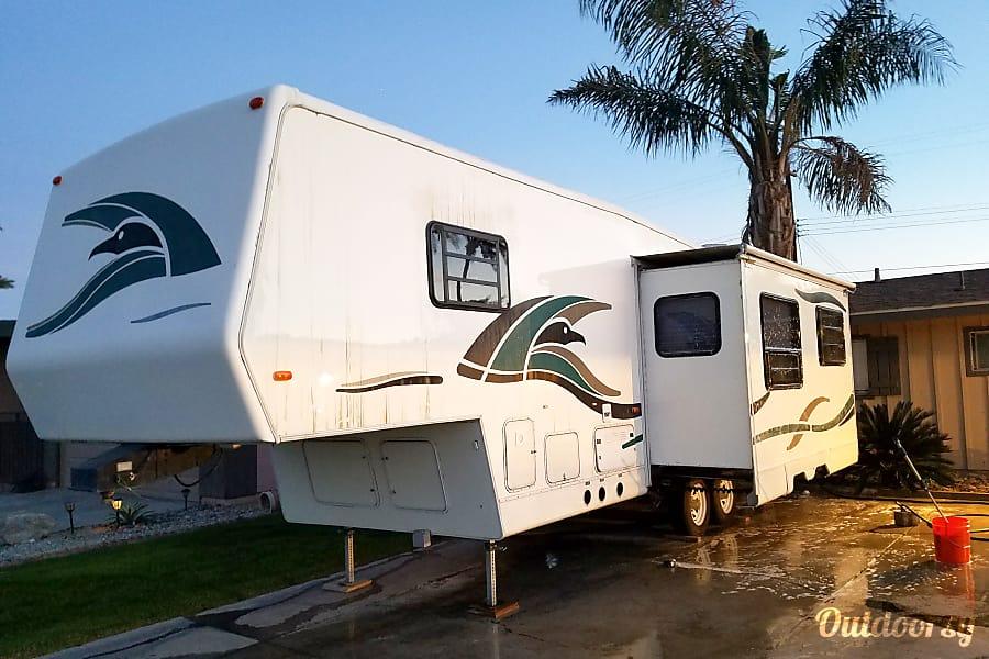 exterior 1998 Golfstream SeaHawk 3100 Indio, CA