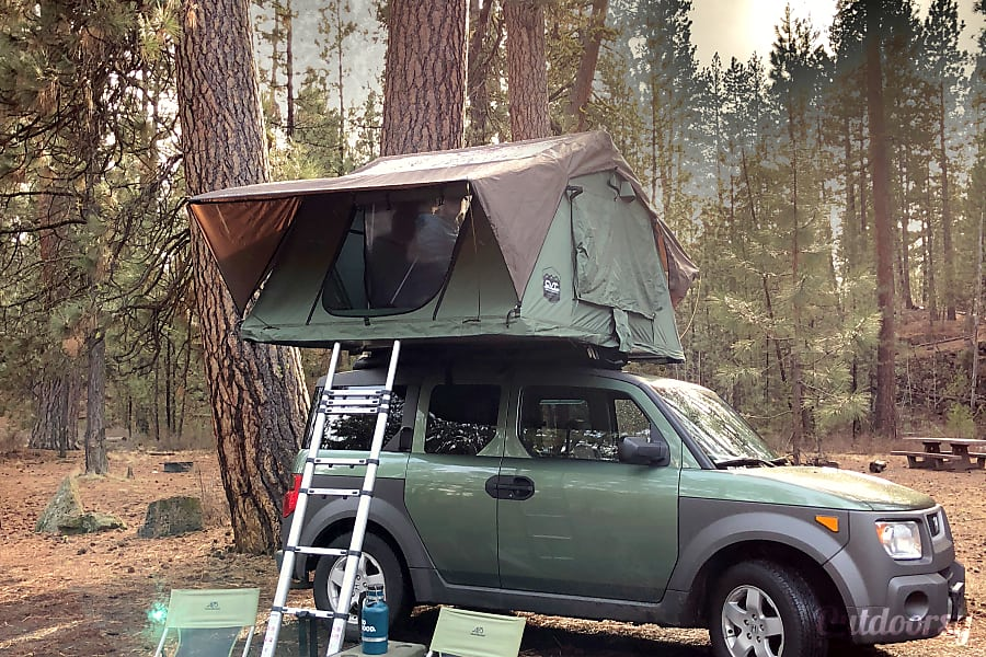 Stargazer: Honda Element w Rooftop Tent Bend, OR