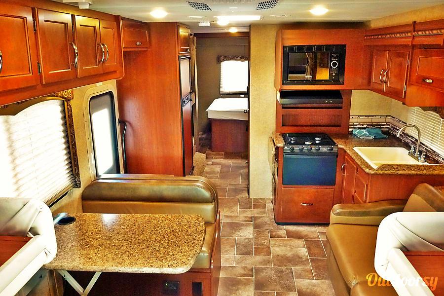 33ft Thor Class C Bunkhouse (C3302) Sun City, AZ