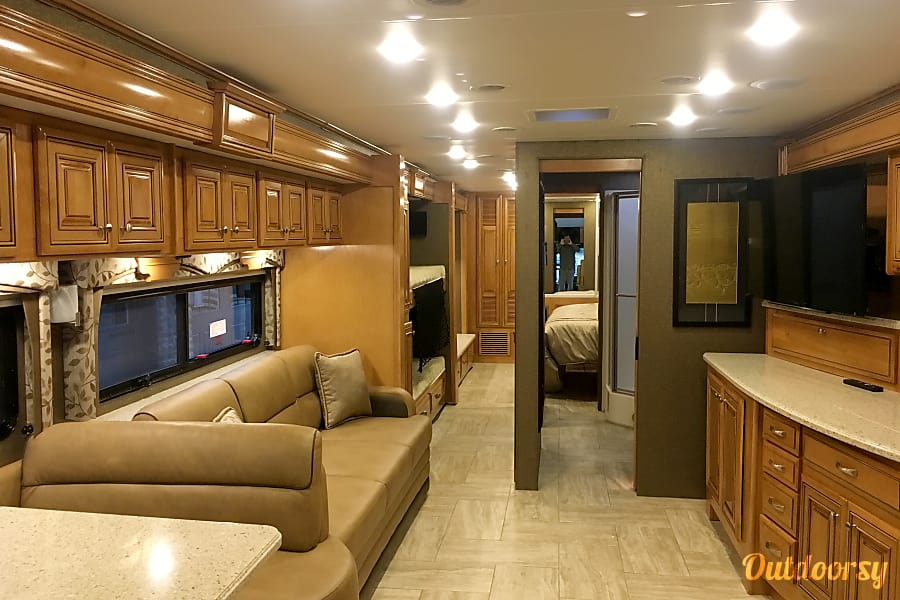2015 Thor Motor Coach Other Germantown, TN