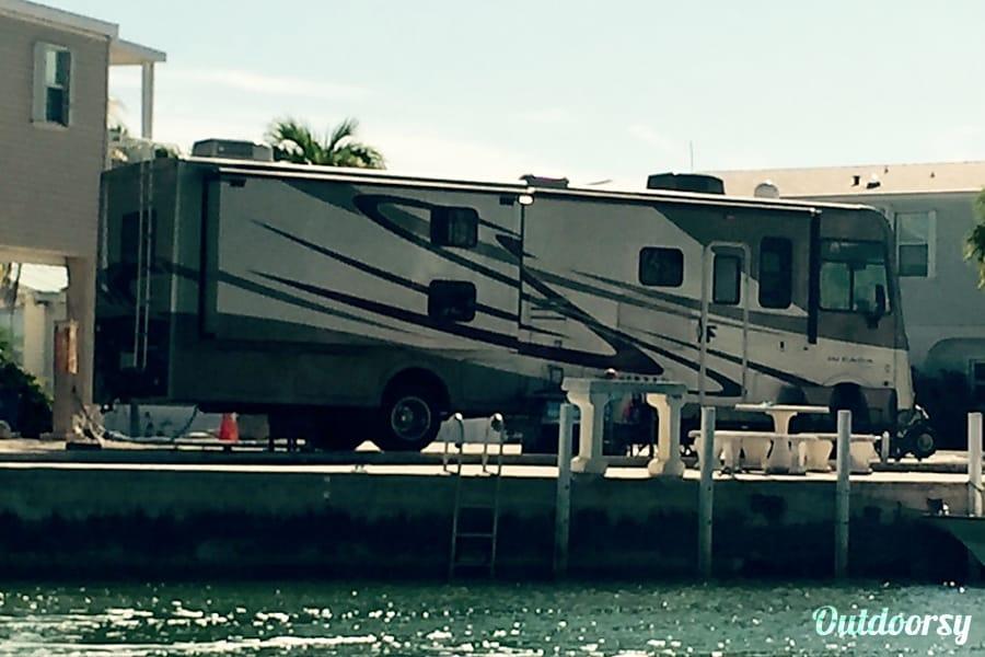 exterior 2013 Coachmen Mirada Bunkhouse Clermont, FL