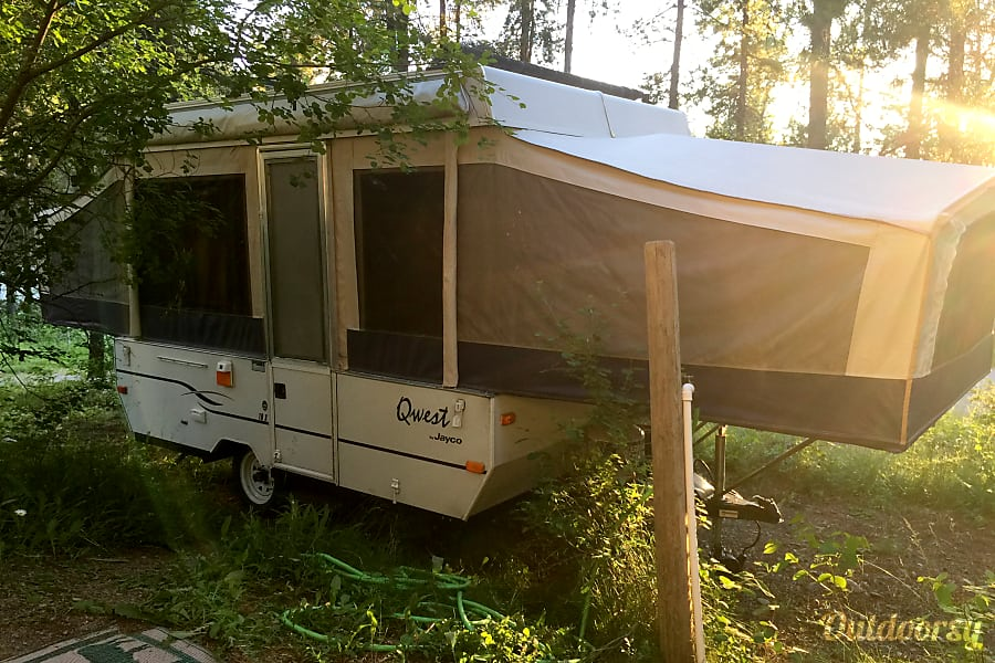 He Is Our 2003 JAYCO QWEST POP UP Tent Trailer Camper
