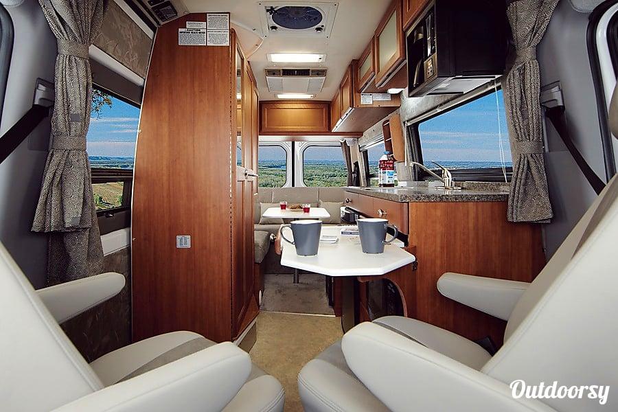 interior 2016 Roadtrek Agile SS Vista, CA