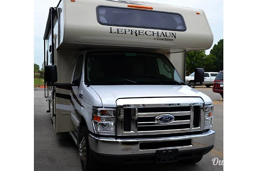 exterior 25ft Coachmen 22QB San Diego, CA