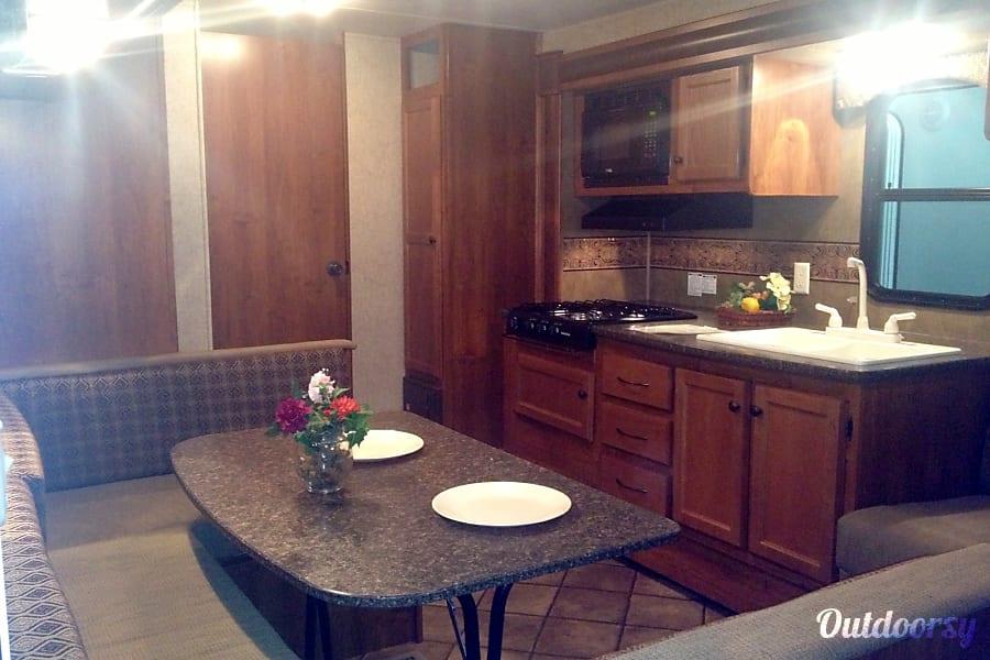 interior 2013 Heartland Trail Runner Northglenn, CO