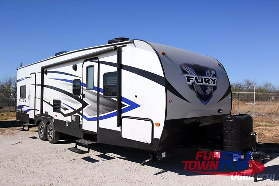 exterior 2018 Prime Time RV Fury 2910 New Braunfels, TX