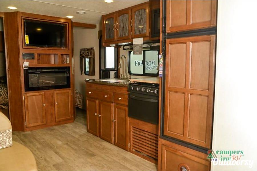 interior 2018 Coachmen Freedom Express Liberty Edition Rumney, NH