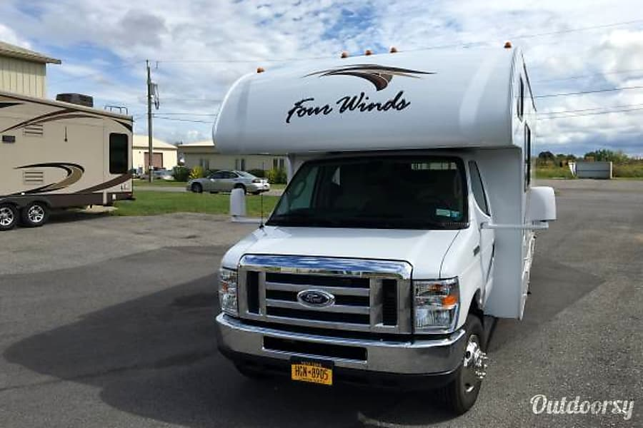 2018 Thor Motor Coach Four Winds Nashville, TN