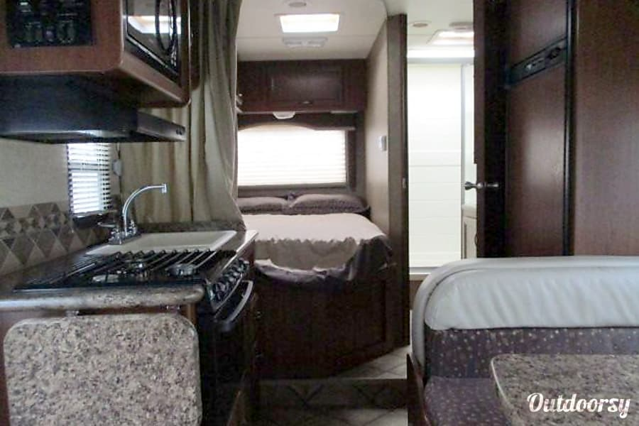 Superieur 2014 Thor Motor Coach Freedom Elite Mesa, AZ