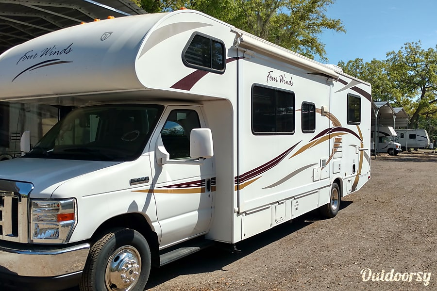 2013 Thor Motor Coach Four Winds 28Z Clearwater, FL