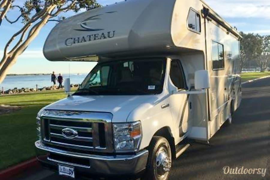 Brand new 2018 Thor Motor Coach Chateau San Diego, CA