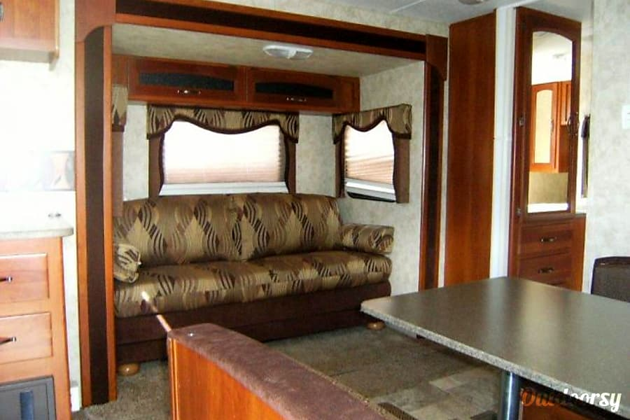 interior 2010 Keystone Cougar Marmora, ON