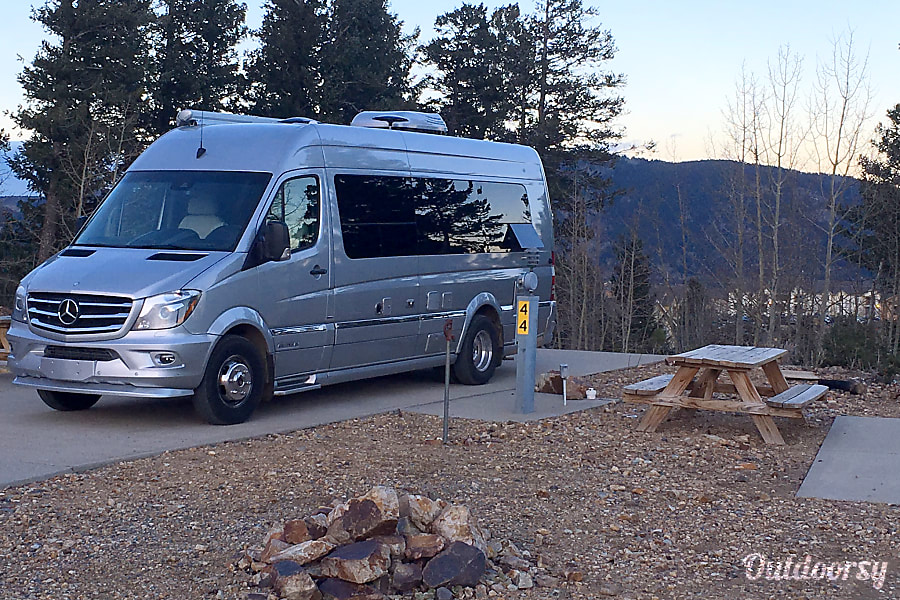 exterior Homey - Mercedes Airstream Interstate 2016 Englewood, CO