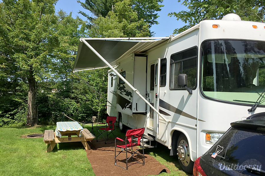 2006 Forest River Georgetown Motor Home Class A Rental In