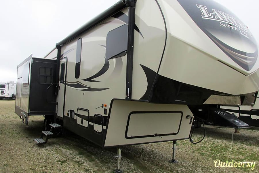 2017 Keystone Laredo Fifth Wheel Rental In Santa Fe Nm