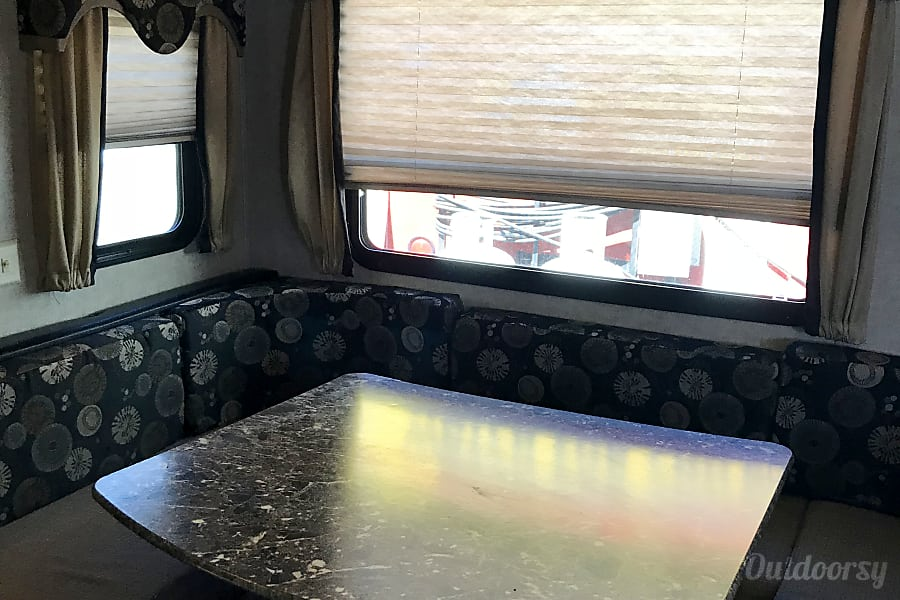 interior Keystone Laredo Hamilton, ON