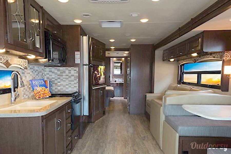 interior Remi the RV is a  2017 Thor  Hurricane 35M Reading, PA