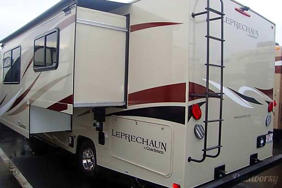 exterior 2016 Coachmen Leprechaun McMinnville, OR