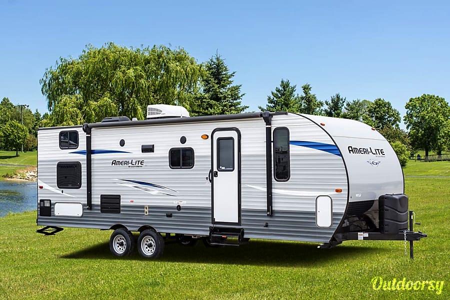 exterior R3 2018 Amerilite 259 Detroit Lakes, MN