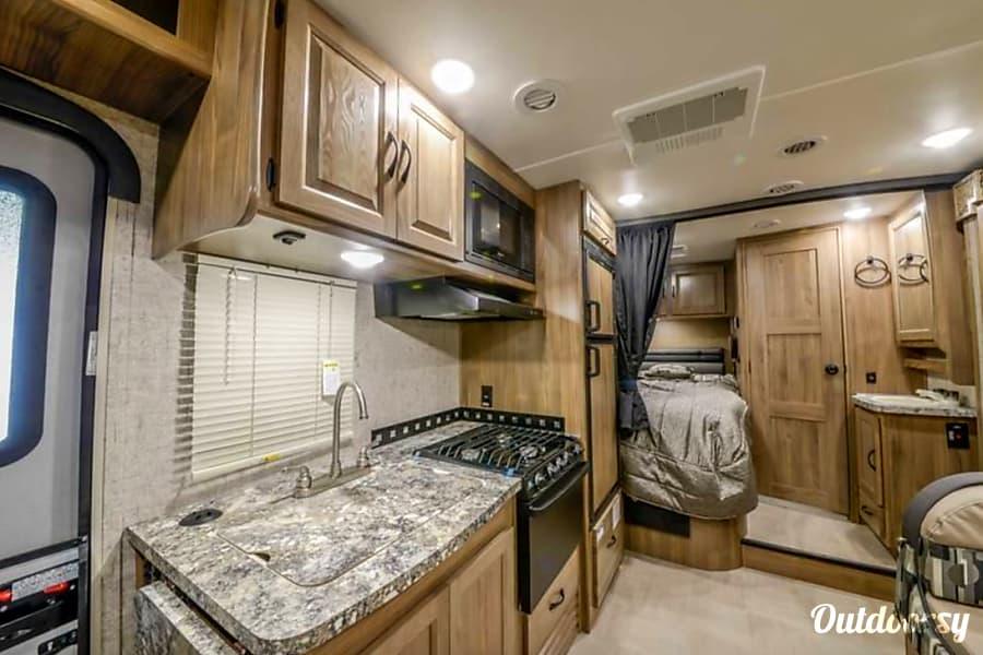 2018 Coachmen Prism Motor Home Class C Rental In Martinez