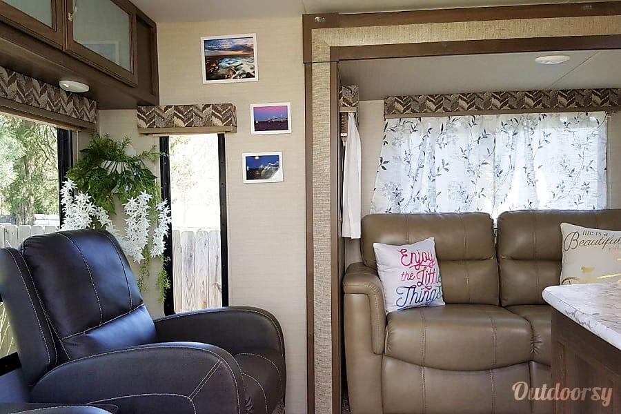 interior 2018 269RLS Keystone Bullet Henrico, VA
