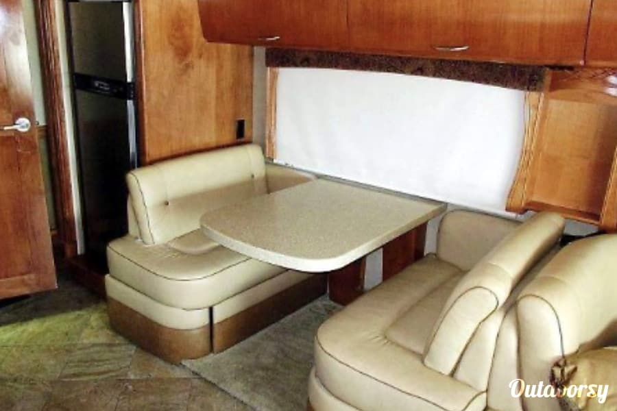 interior 2012 Monaco Vesta Metairie, LA