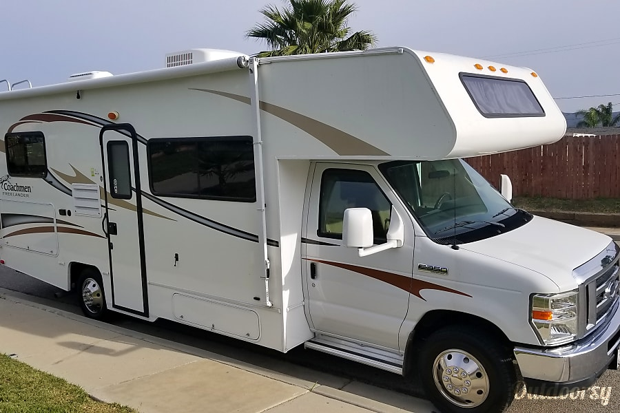 exterior Coachmen Freelander 23CB -AMAZING Times! Family owned, FANTASTIC Class C RV ! AWESOME Trip(s) ! Memories of a LifeTime ! Available NOW !! Simi Valley, CA