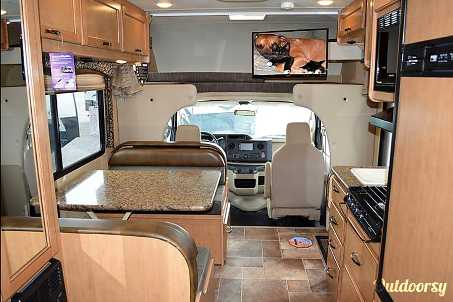 interior 2017 Four Winds 22E RV Wayland, MI