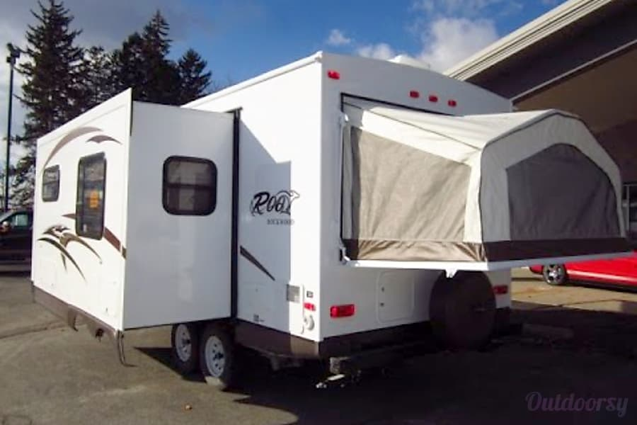 exterior Everything you need and More! Rockwood Roo Hybrid Camper Mechanicsville, VA