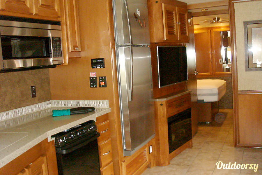 interior 2015 Tiffin Motorhomes Allegro Open Road San Diego, CA