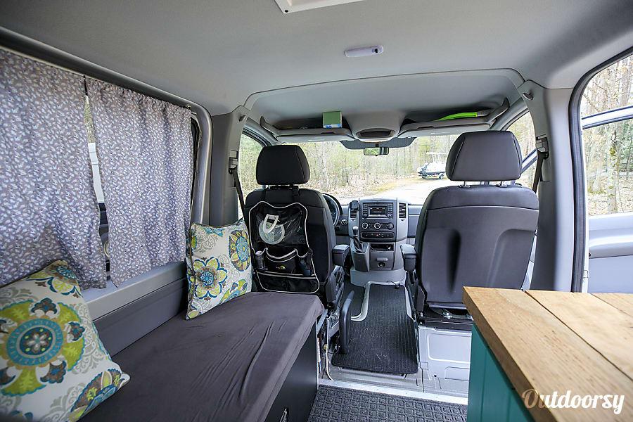 Mercedes Benz Portland >> 2016 Mercedes-Benz Sprinter Motor Home Camper Van Rental in Stratham, NH | Outdoorsy