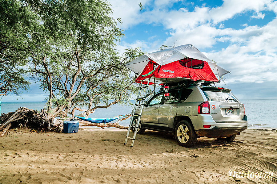 2016 Jeep Compass  4x4 with Rooftop Tent Paia, HI
