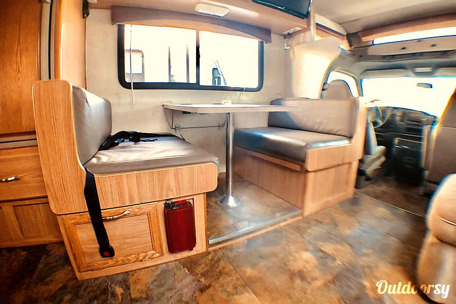 exterior 22' Tioga Mini RV EZ 2 Drive-Sleeps 6 Oceanside, CA