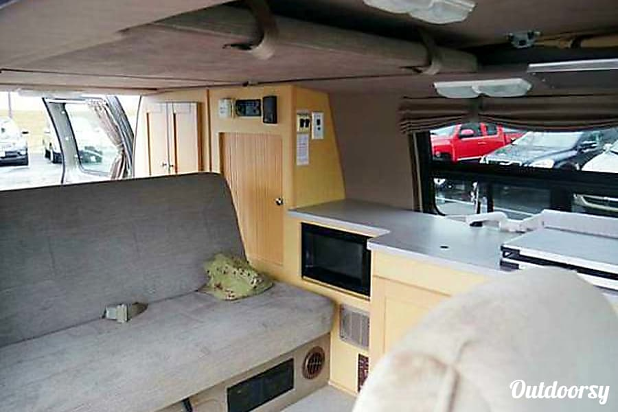 2003 Traverse by Pleasure way class b motorhome Ham Lake, MN